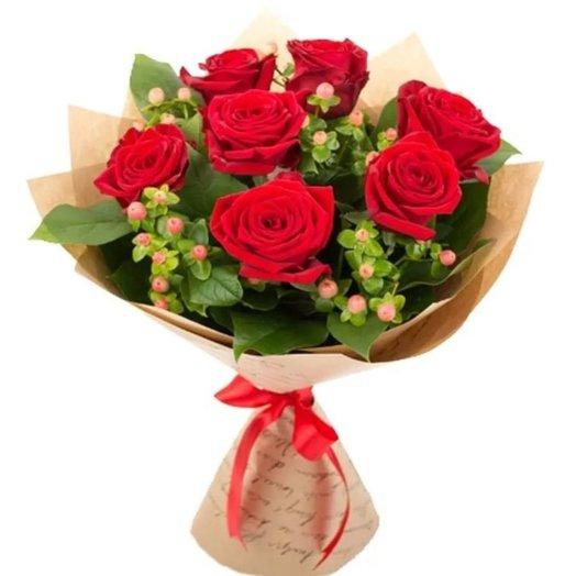 Сборный букет из красных роз