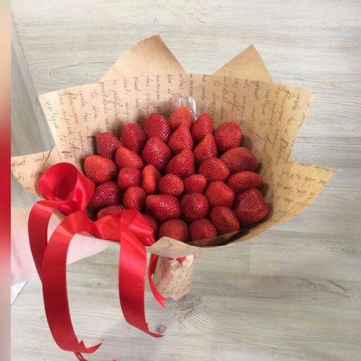 Клубника: букеты цветов на заказ Flowwow