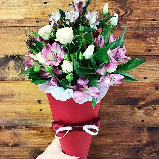 Цветочная композиция в конусе: букеты цветов на заказ Flowwow