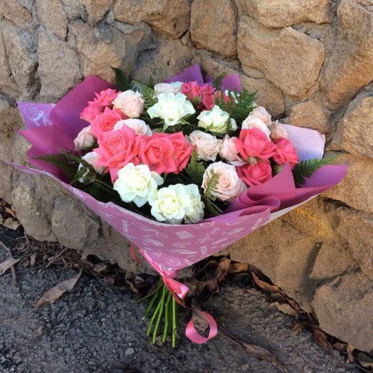 Букет 11 кустовых роз : букеты цветов на заказ Flowwow