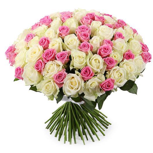 """101 бело-розовая роза """"Очарование"""": букеты цветов на заказ Flowwow"""