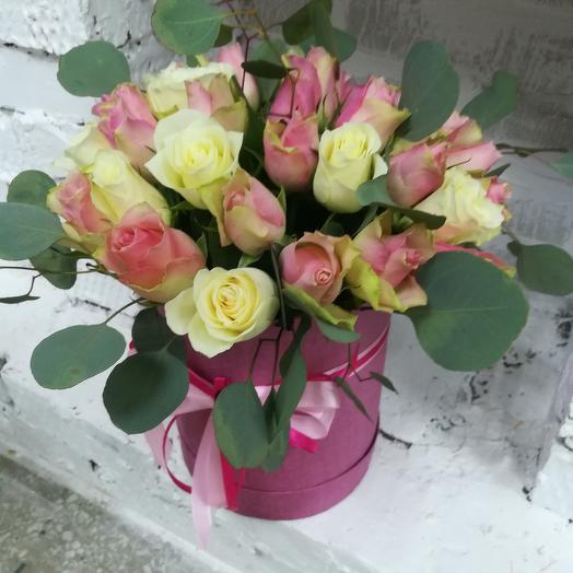 Шляпная коробка с 35 розами: букеты цветов на заказ Flowwow
