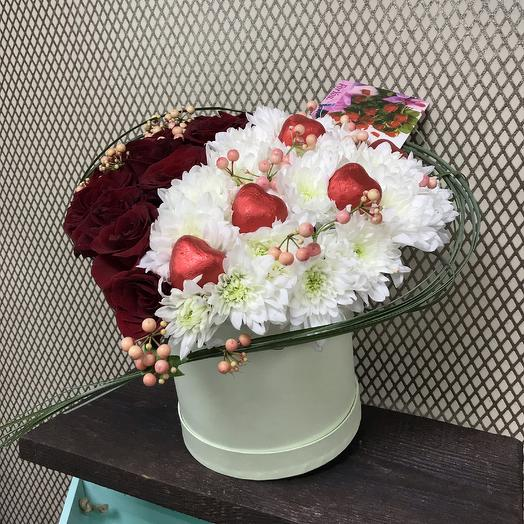 Сердце в коробке: букеты цветов на заказ Flowwow