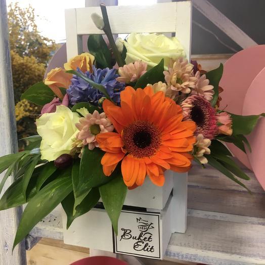 Ящик с герберой яркий: букеты цветов на заказ Flowwow