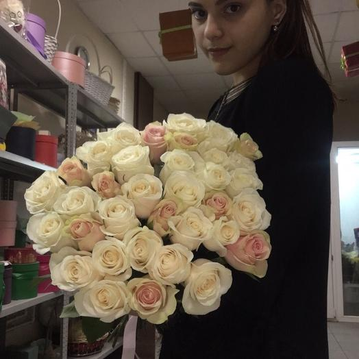 Розы Нежный микс: букеты цветов на заказ Flowwow
