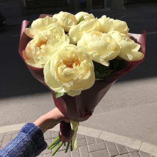 Необыкновенные пионы для шикарной дамы: букеты цветов на заказ Flowwow
