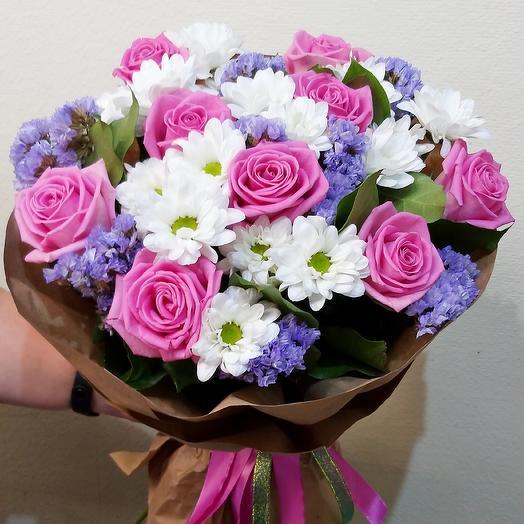 Букет с розой, хризантемой