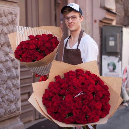 51 красная роза (80см): букеты цветов на заказ Flowwow