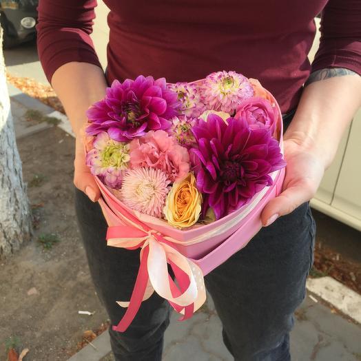 Love is ... 💕: букеты цветов на заказ Flowwow