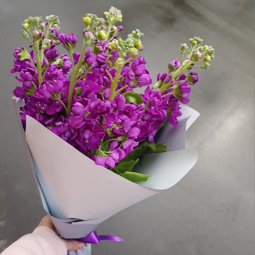Букет из ароматной маттиолы: букеты цветов на заказ Flowwow