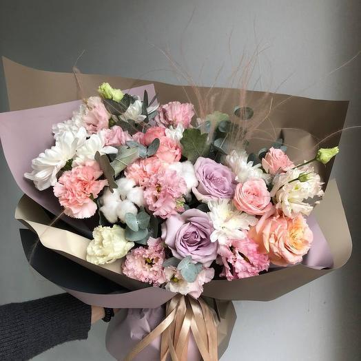 Букет Роз, Эустом и Кустовой Хризантемы