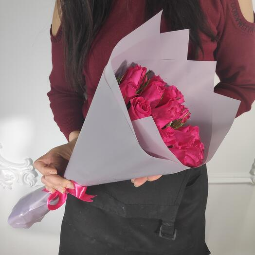 Мини букет из 19 Малиновых роз