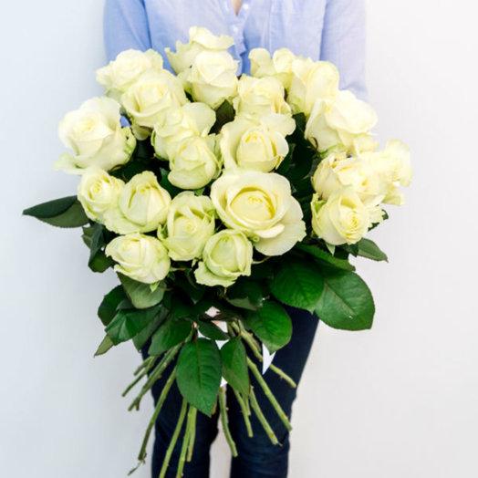 Букет 25 белых роз: букеты цветов на заказ Flowwow