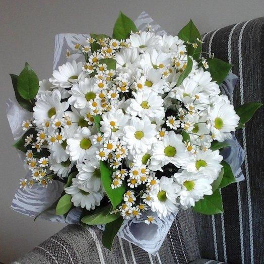 Букет Белые ромашки: букеты цветов на заказ Flowwow