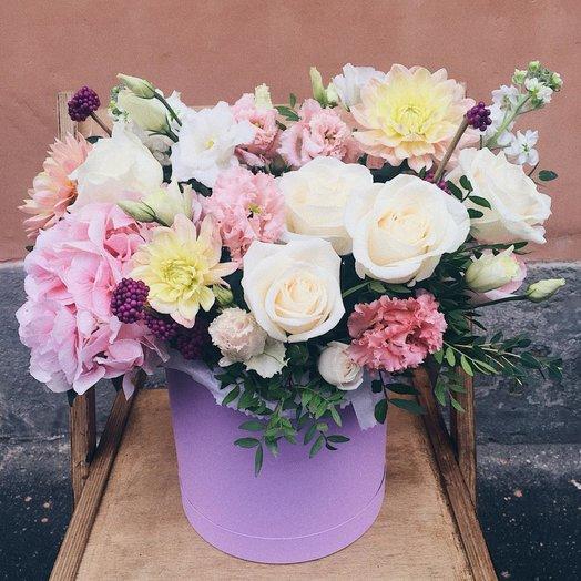 Коробка с гортензией,георгином и розами Эдем