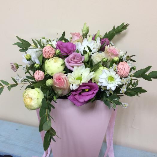 Розовый конус: букеты цветов на заказ Flowwow