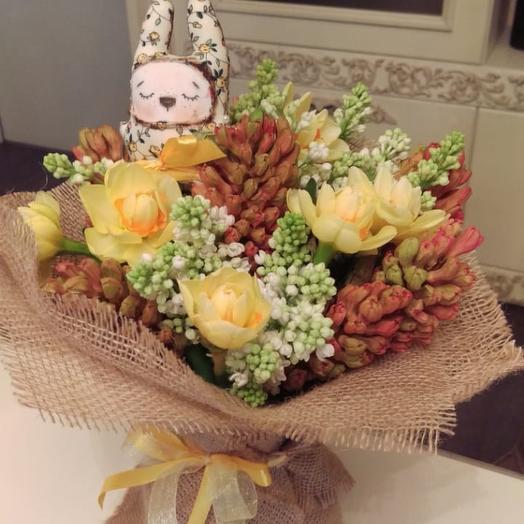 Ура! Весна: букеты цветов на заказ Flowwow