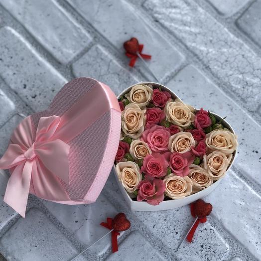 "Коробка в виде сердца с розами ""Сюрприз"" мини: букеты цветов на заказ Flowwow"