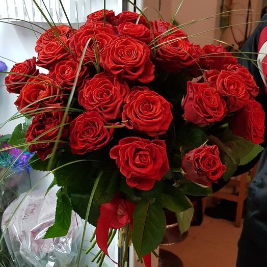 Коррида: букеты цветов на заказ Flowwow