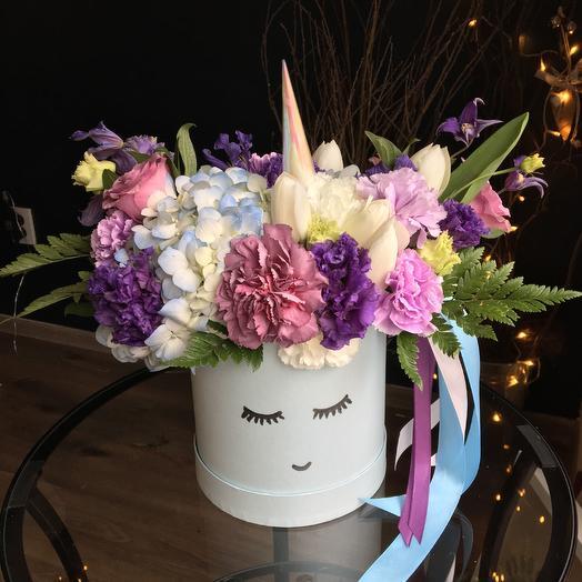 Единорог Бон-Бон: букеты цветов на заказ Flowwow