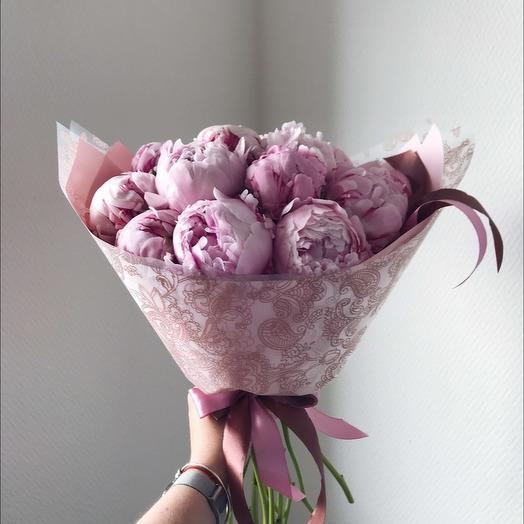 Пионы розовые: букеты цветов на заказ Flowwow