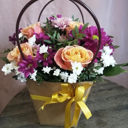 Сумка крафтовая с цветами микс: букеты цветов на заказ Flowwow