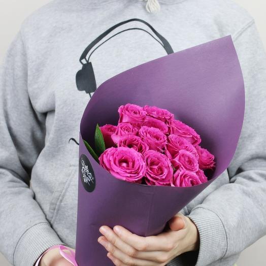 % малиновых кустовых роз: букеты цветов на заказ Flowwow