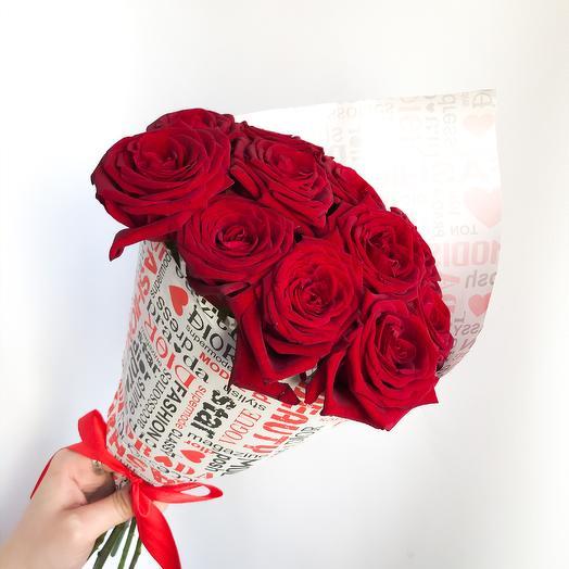 11 алых роз: букеты цветов на заказ Flowwow