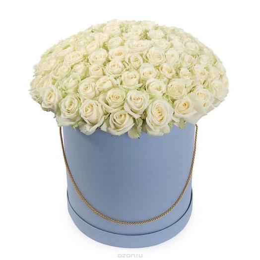 Цветы в коробке 101 белая роза