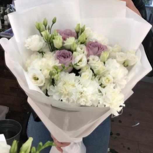 Bouquet of snow-White feelings