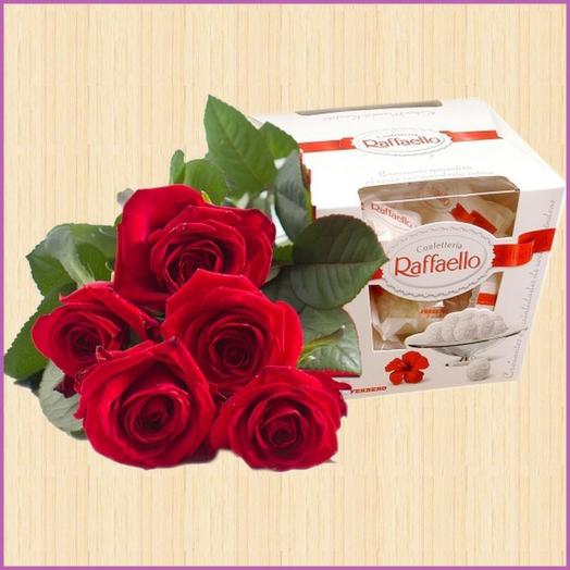 5 Roses with Raffaello