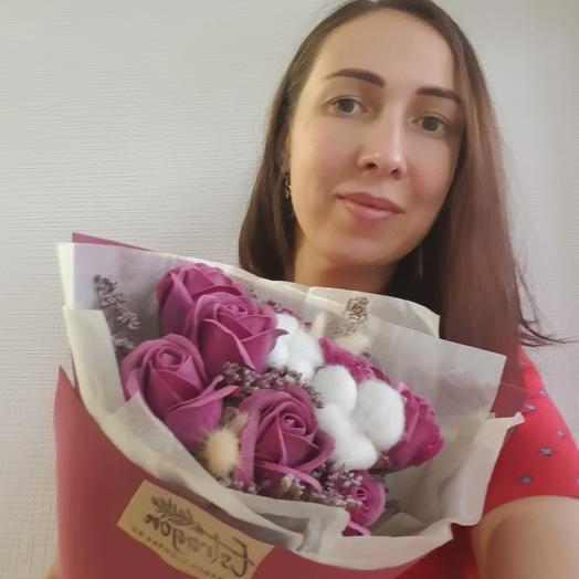 Ягодный букет из мыльных роз