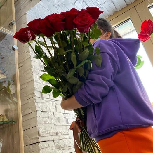 Букет из красных метровых роз