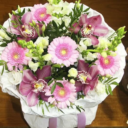 Букет Ривьера из герберы орхидеи и японской розы