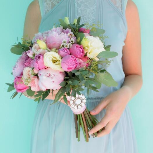 Букет невесты Luxury Flowers Пионы Сара Бернар