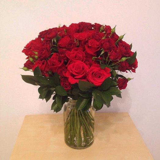 Букет классических и кустовых роз: букеты цветов на заказ Flowwow