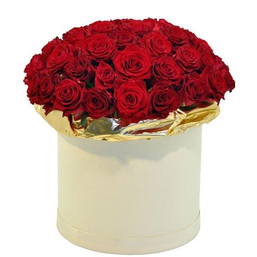 51 красная роза в коробке: букеты цветов на заказ Flowwow