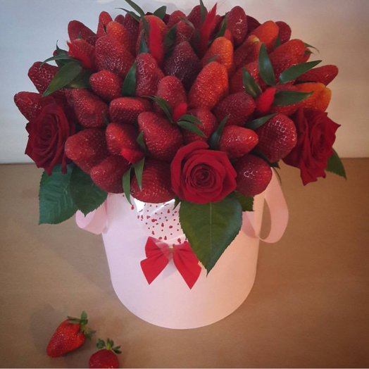 Коробочка сладость прикосновения: букеты цветов на заказ Flowwow