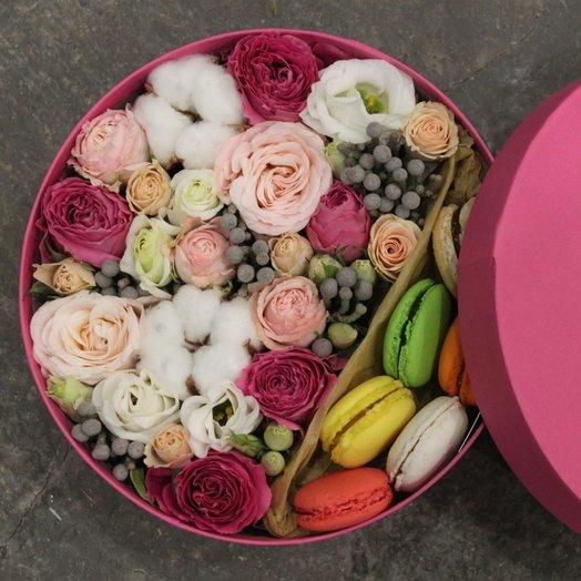 "Шляпная коробочка ""Мисти"": букеты цветов на заказ Flowwow"