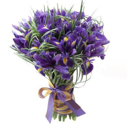 Букет из 45 ирисов: букеты цветов на заказ Flowwow