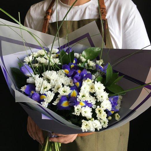 Букет хризантемы и ирисы : букеты цветов на заказ Flowwow