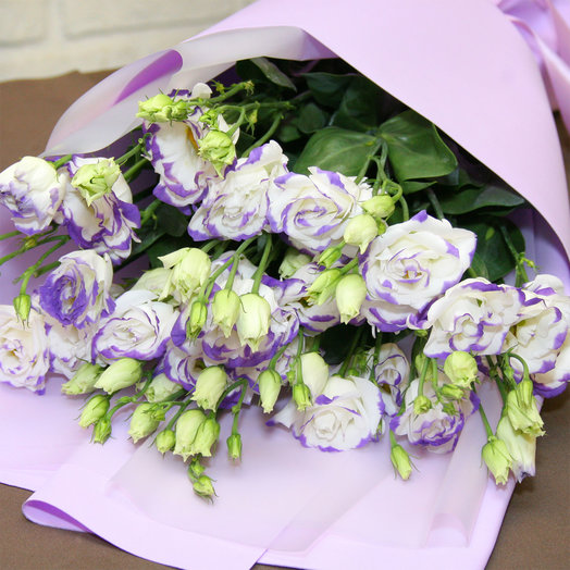 Букет из Фиолетовых Эустом: букеты цветов на заказ Flowwow