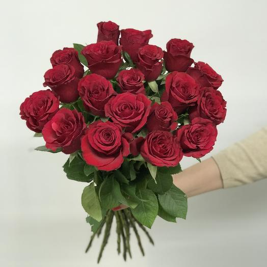 Букет из 19 красных роз 60 см: букеты цветов на заказ Flowwow