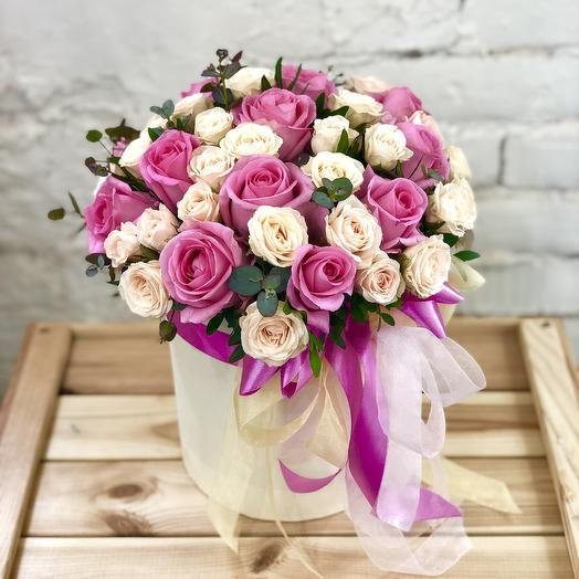 "Шляпная коробка ""Остров Романтики"": букеты цветов на заказ Flowwow"
