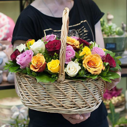 """Корзина из роз """"Цветочное вдохновение"""": букеты цветов на заказ Flowwow"""