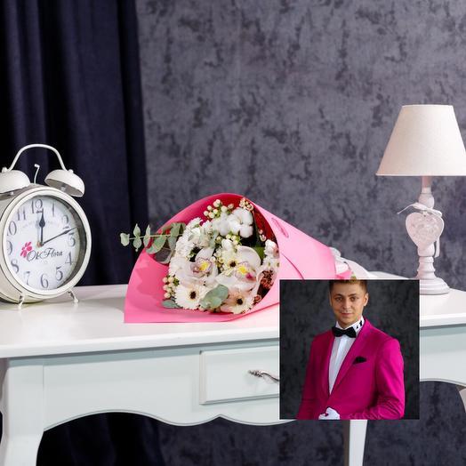 Авторский светло-розовый микс с особенной доставкой: букеты цветов на заказ Flowwow