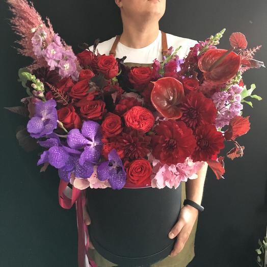 Оттенки бордо: букеты цветов на заказ Flowwow