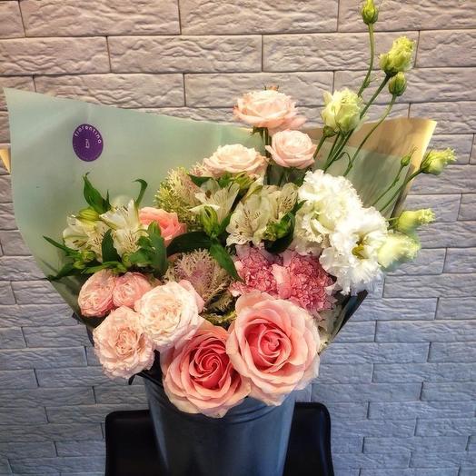 Букет в нежных тонах: букеты цветов на заказ Flowwow