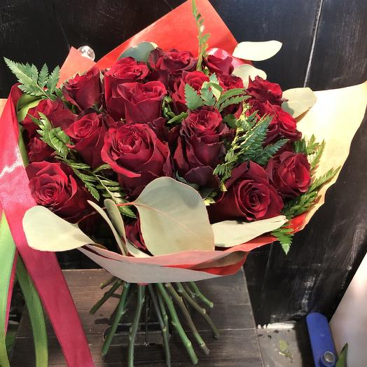 Классный красный: букеты цветов на заказ Flowwow