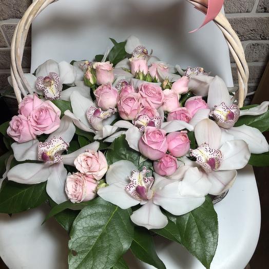 Корзина с любовью: букеты цветов на заказ Flowwow